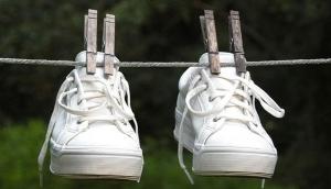 Постиранные кроссовки