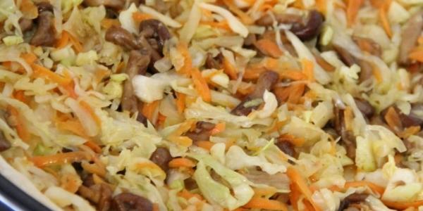 Грибы с капустой