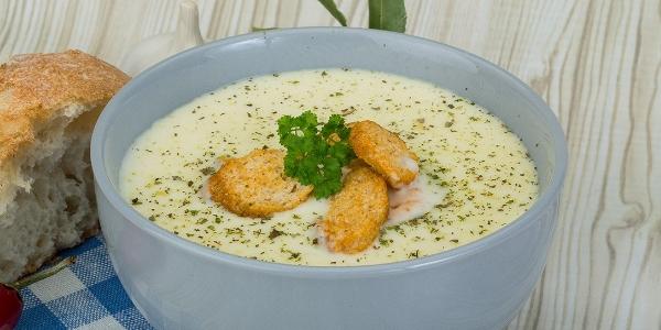 Суп куриный с сыром