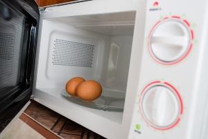 Яйца в микроволновке