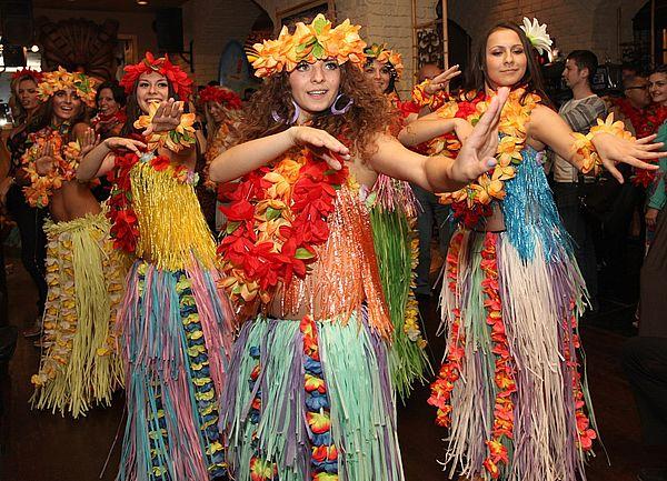 новый год в гавайском стиле