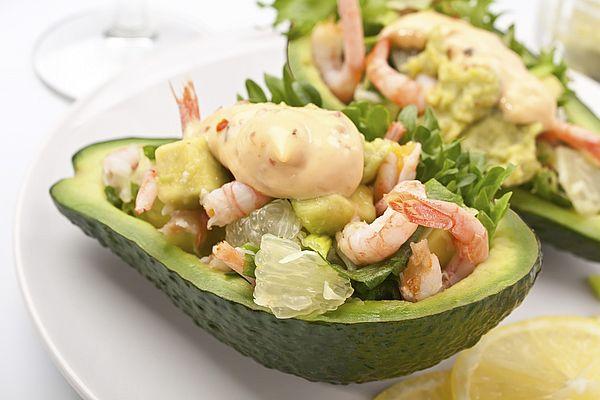 креветки и авокадо