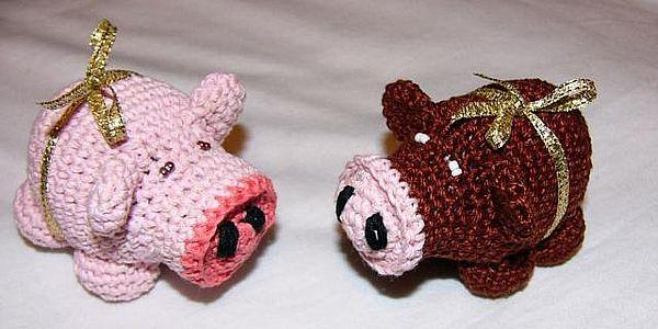 свинки, связанные крючком