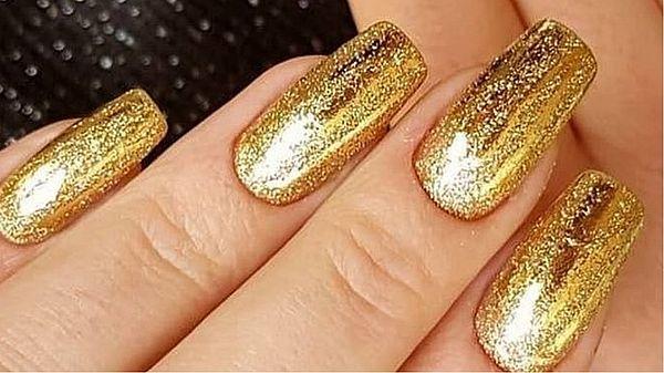 искрящийся золотой дизайн