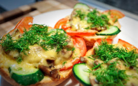 Горячая закуска с грибами