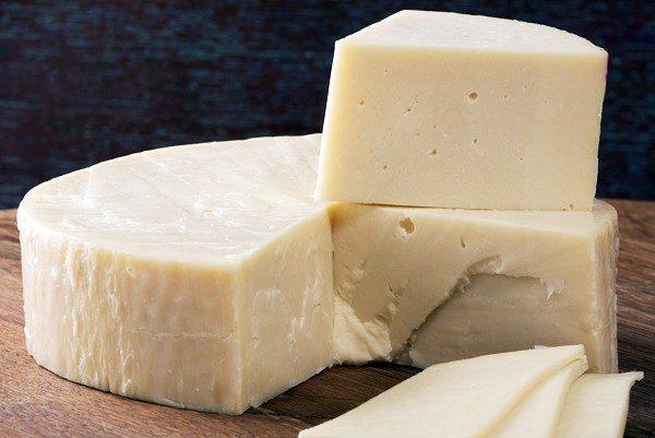 Сыр, сделанный под прессом
