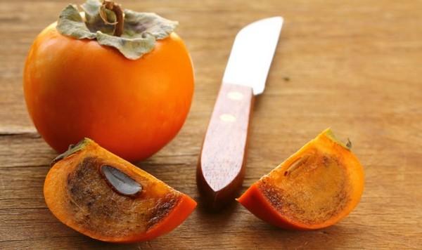 разрезанный сладкий плод
