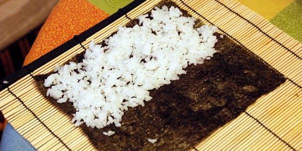 Выкладываем рис