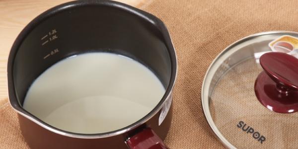Молоко нагреть