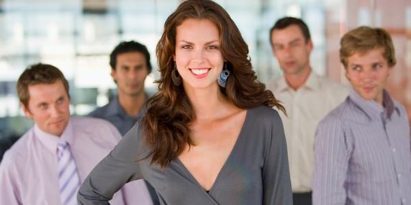 Привлекательная женщина