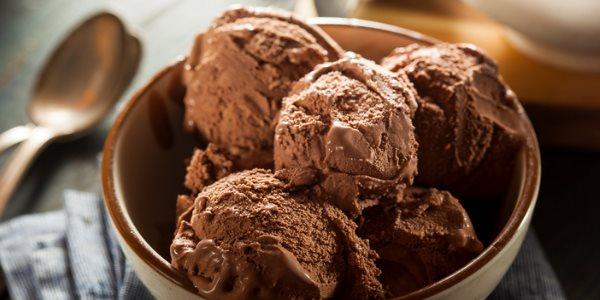 Шоколадное мороженое