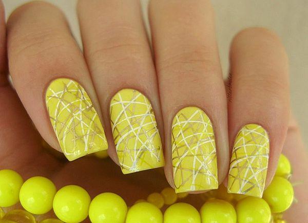 желтый цвет лака