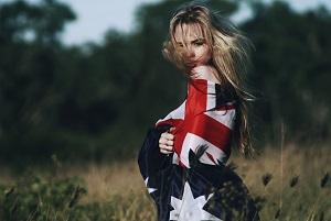 Английская девушка