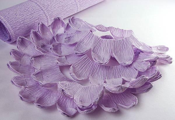 Лепестки хризантемы из бумаги