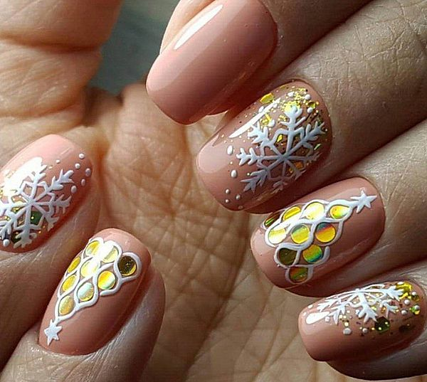 рисунок елки на ногтях