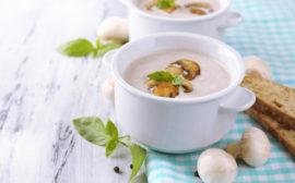 Кремовый суп из шампиньонов со сливками