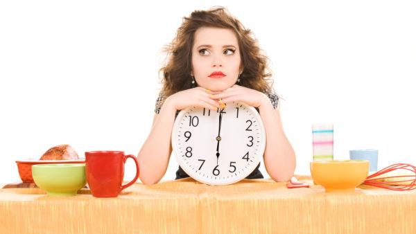 Отказ от еды после 18:00 ради похудения