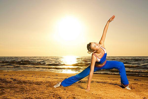 йога на пляже