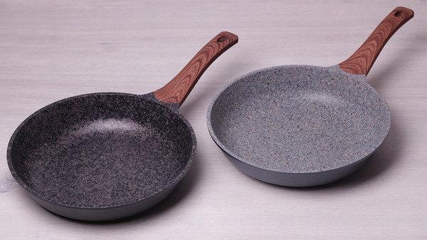 Сковородка с гранитным покрытие