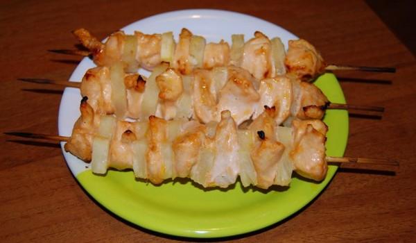 сочные ананасы с курицей