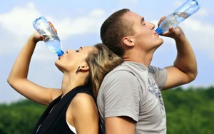 пейте много жидкости в жару