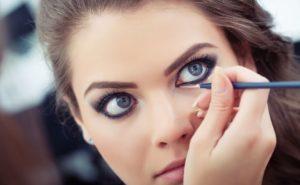 объемный макияж