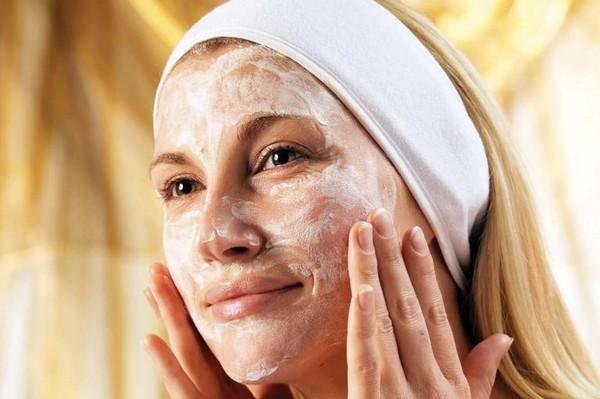 крахмальная маска-скраб
