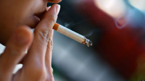 Курение может стать причиной инфаркта